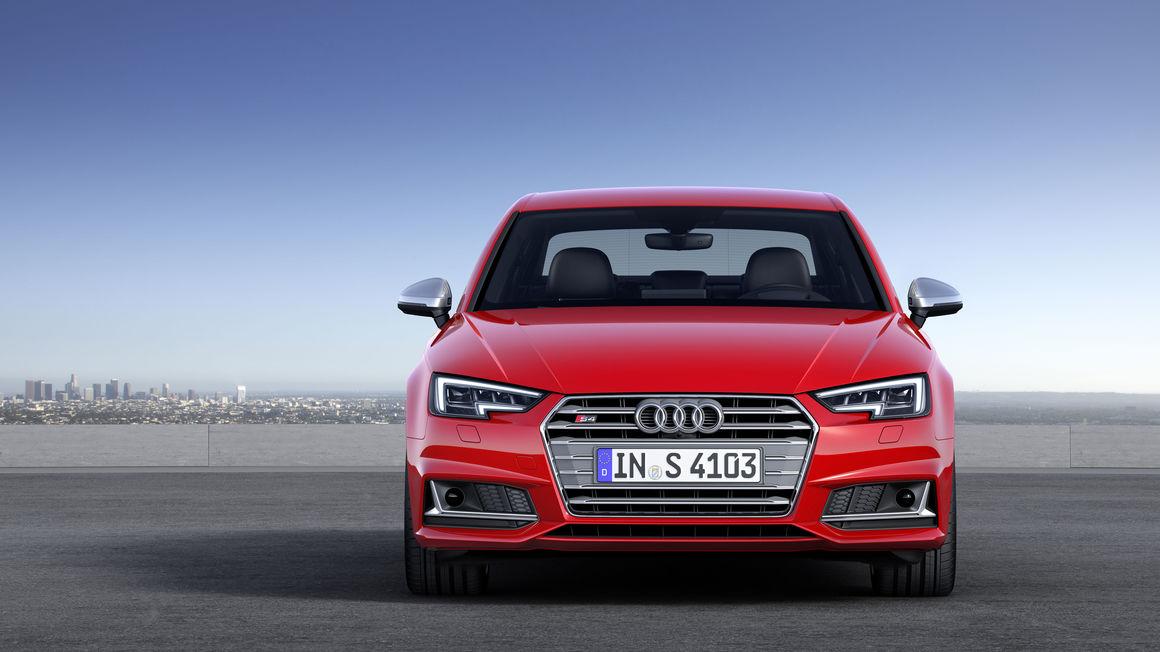 Audi-S4 (13)