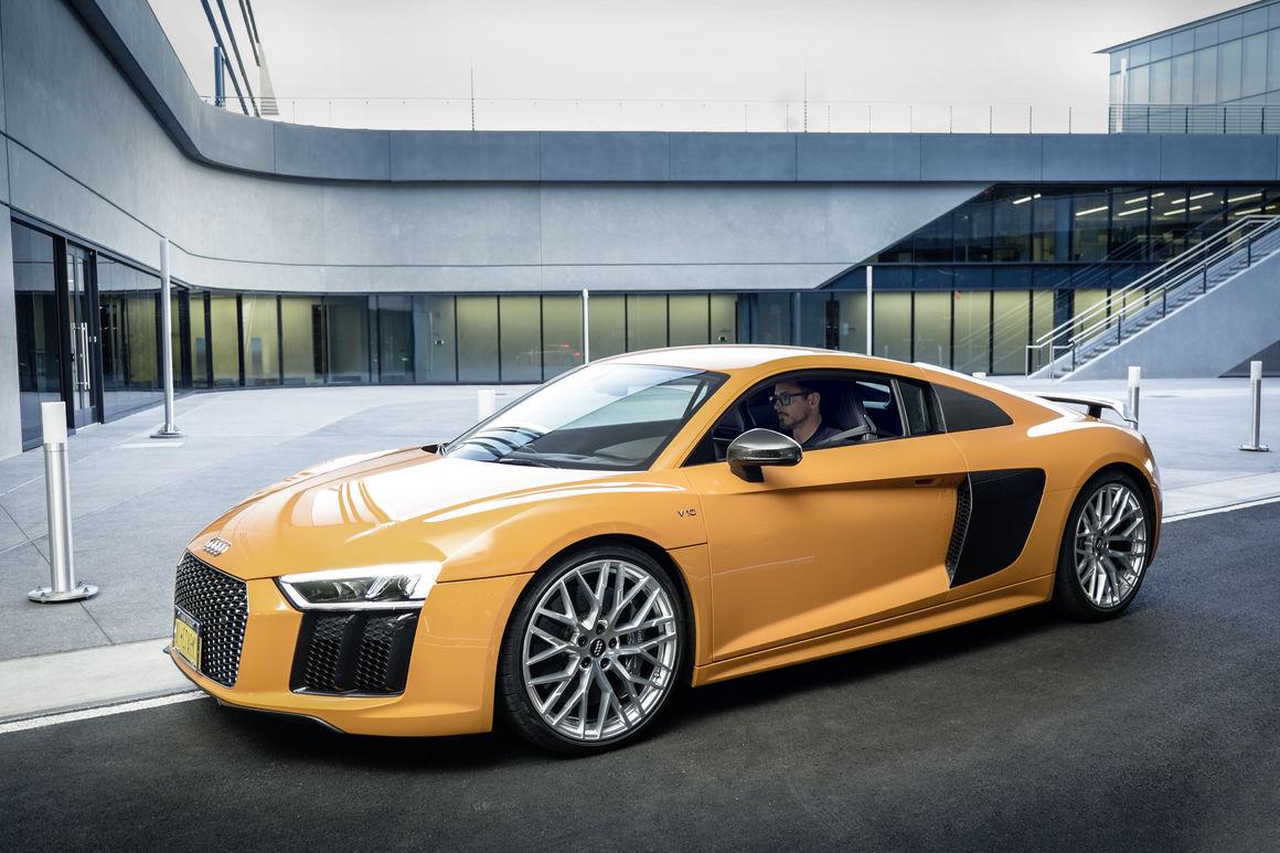 Tony Stark Audi R8