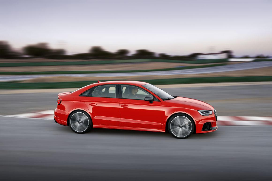 Audi RS 3 Limousine